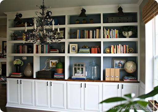 layout bookshelves with cabinets on bottom