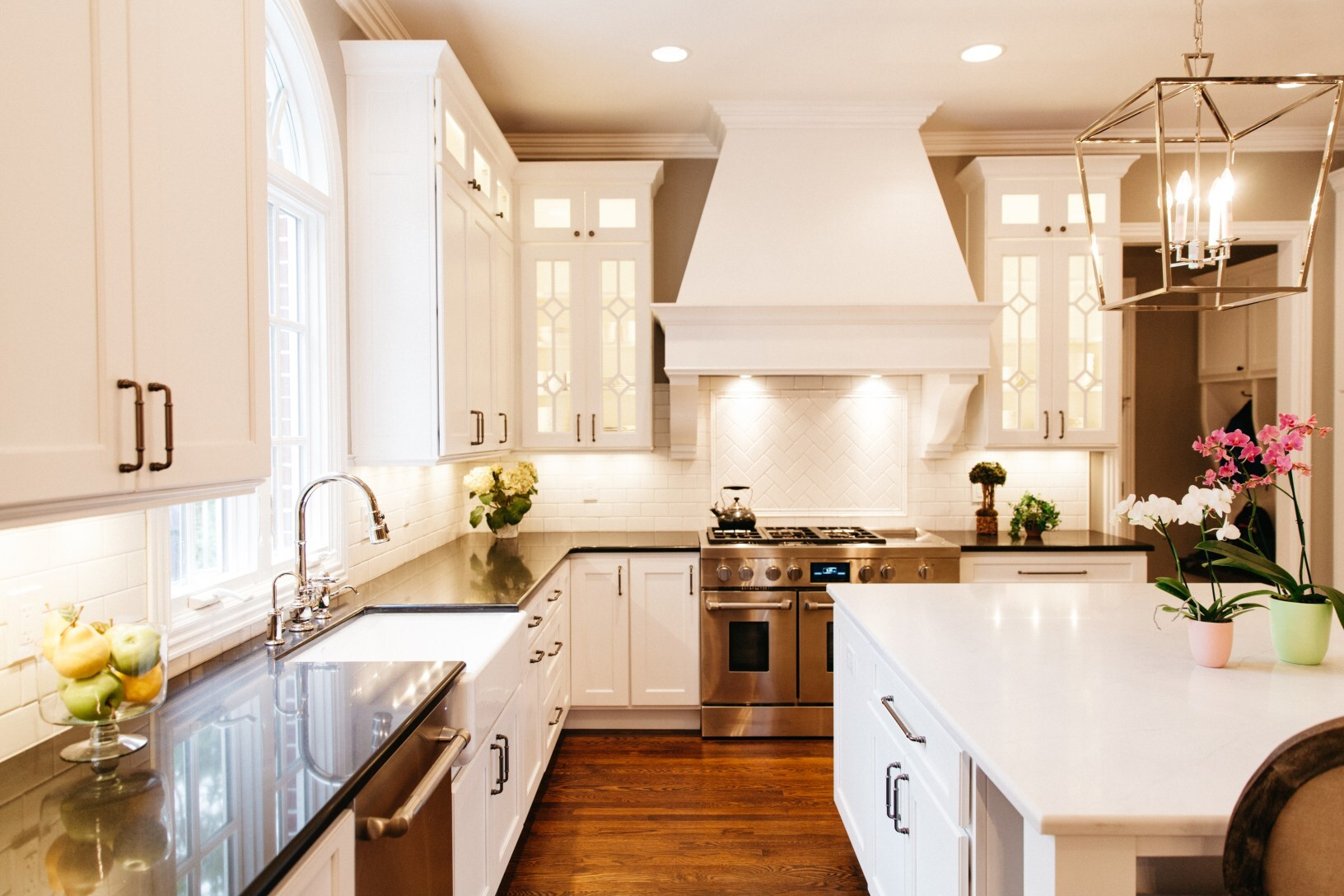 offers cost for new kitchen cabinets and granite countertops